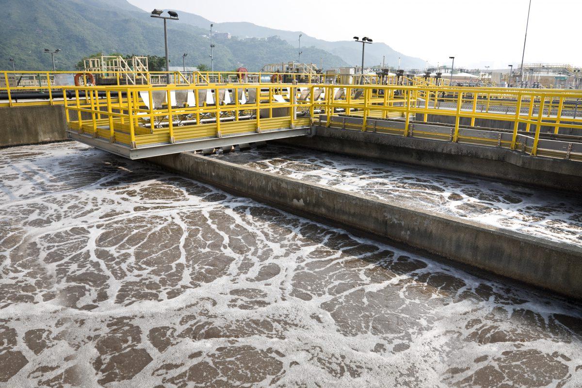 """""""政策+技术""""双轮驱动污水处理提标改造市场空间达800亿"""